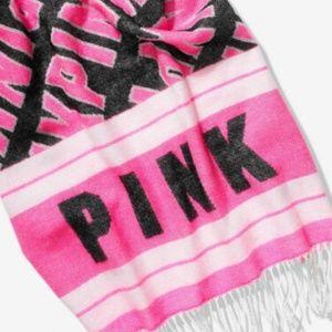 Victoria's Secret Pink Oversized Blanket Scarf New